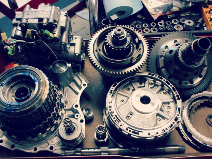 Unique-Ways-to-Prolong-The-Life-Of-Your-Cars-Transmission-System
