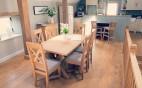 Oak-Dinning-Table