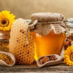 Manuka Honey: Uses, Unique Benefits and Side Effects
