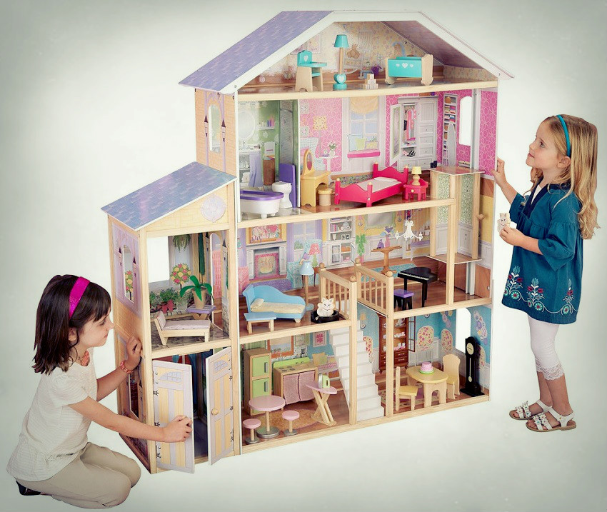 a picture of a doll house