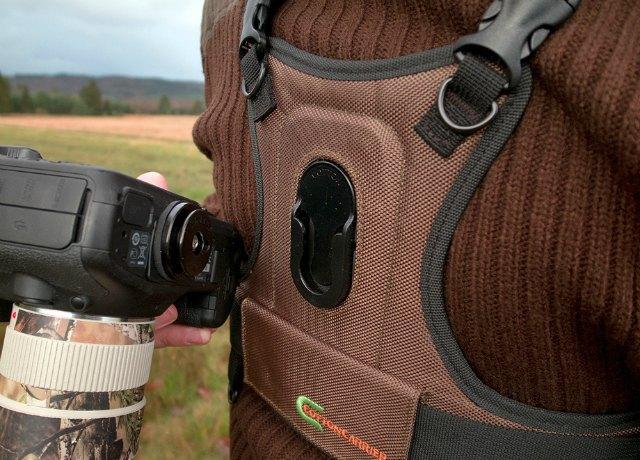 cotton-carrier-camera-vest