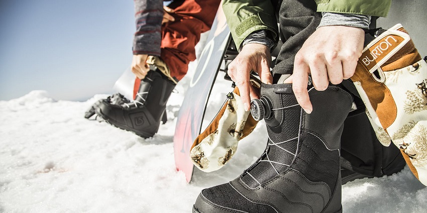 snowboarding-boots