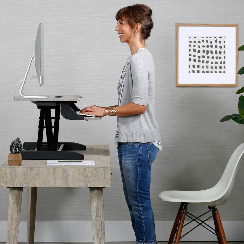 ergotron-img-one desk