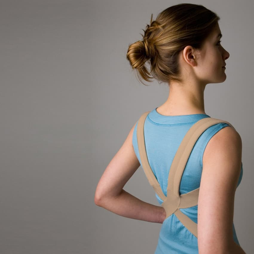 girl with shoulder brace