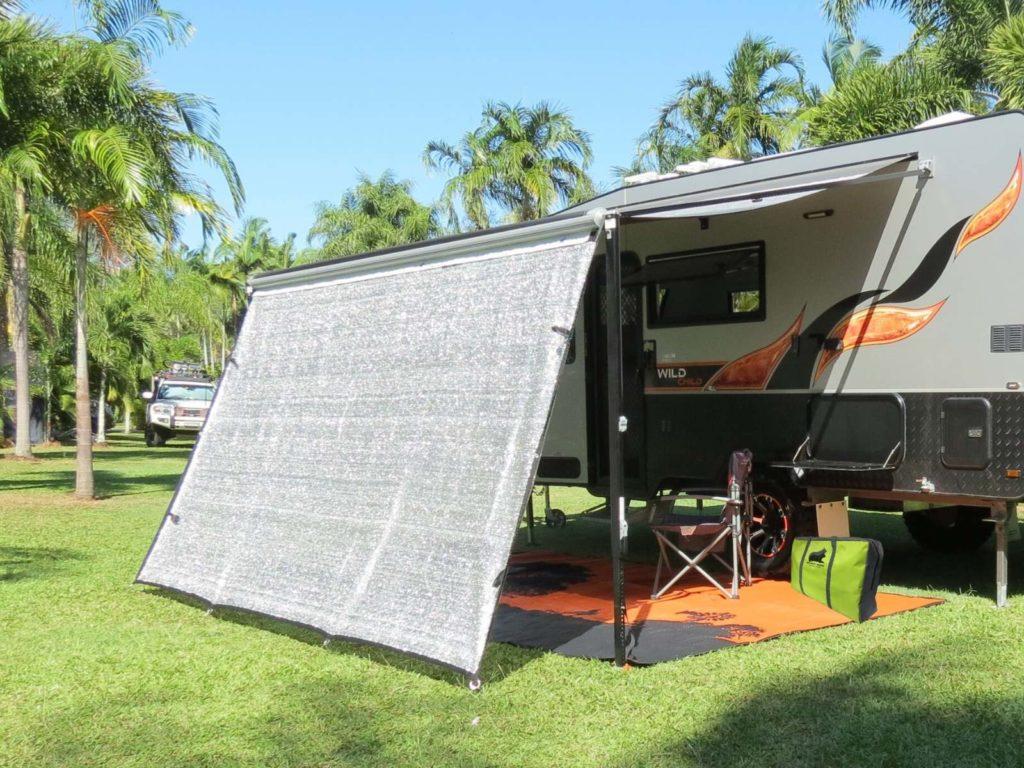 Caravan-awning-shade-screen-2-1